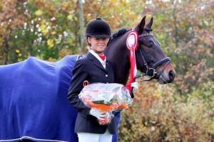 Rodlease Tango og Rikke Joergensen vinder 7 aars championat DSP 2011 2